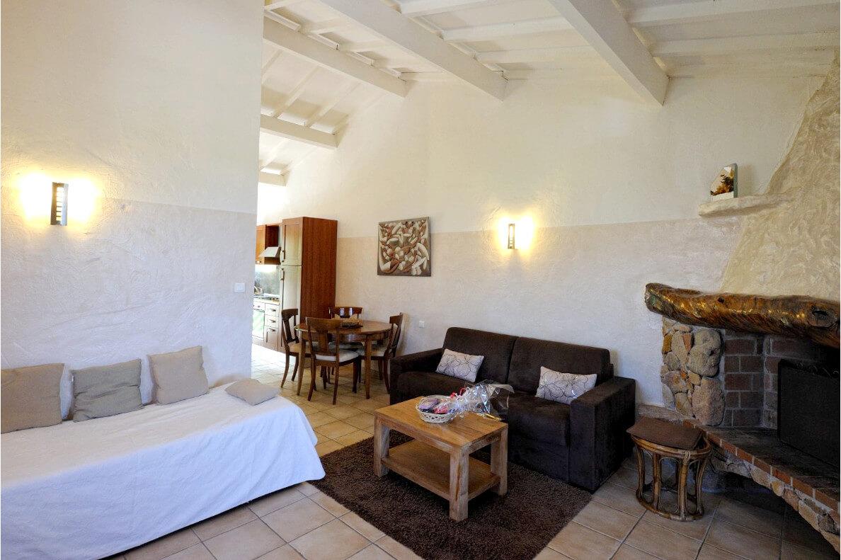 aria-marina-appartement-1-chambre-etage-vue-mer-03
