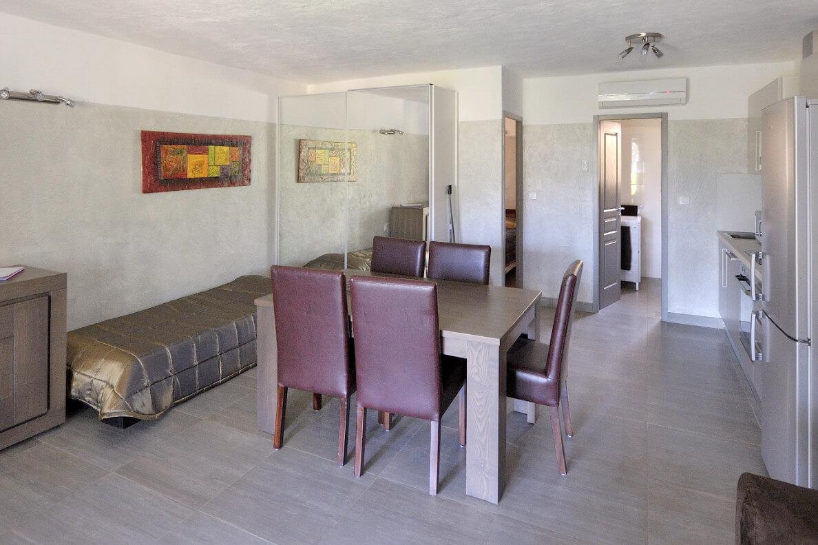 aria-marina-appartement-1-chambre-rez-de-jardin-vue-jardin-01