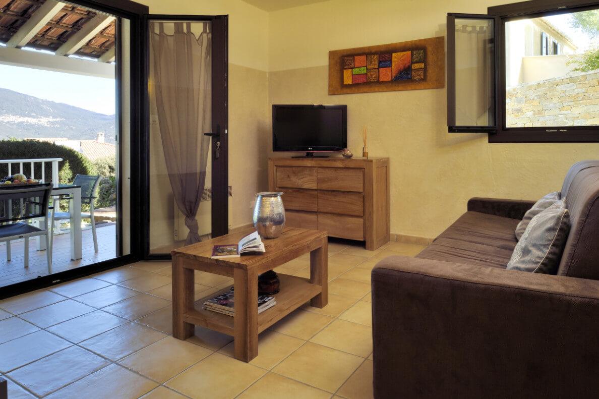 aria-marina-appartement-1-chambre-rez-de-jardin-vue-mer-01