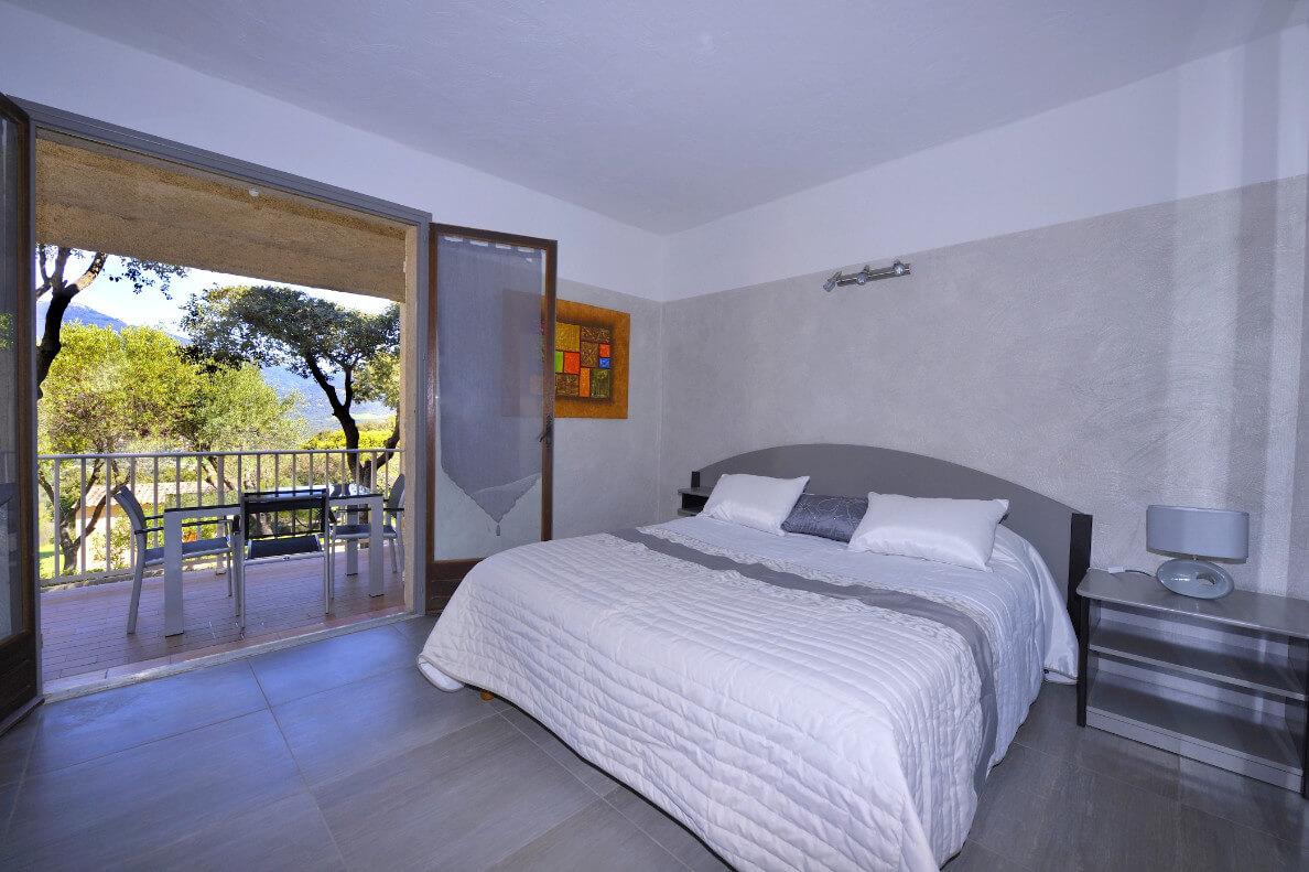 aria-marina-appartement-studio-vue-jardin-01