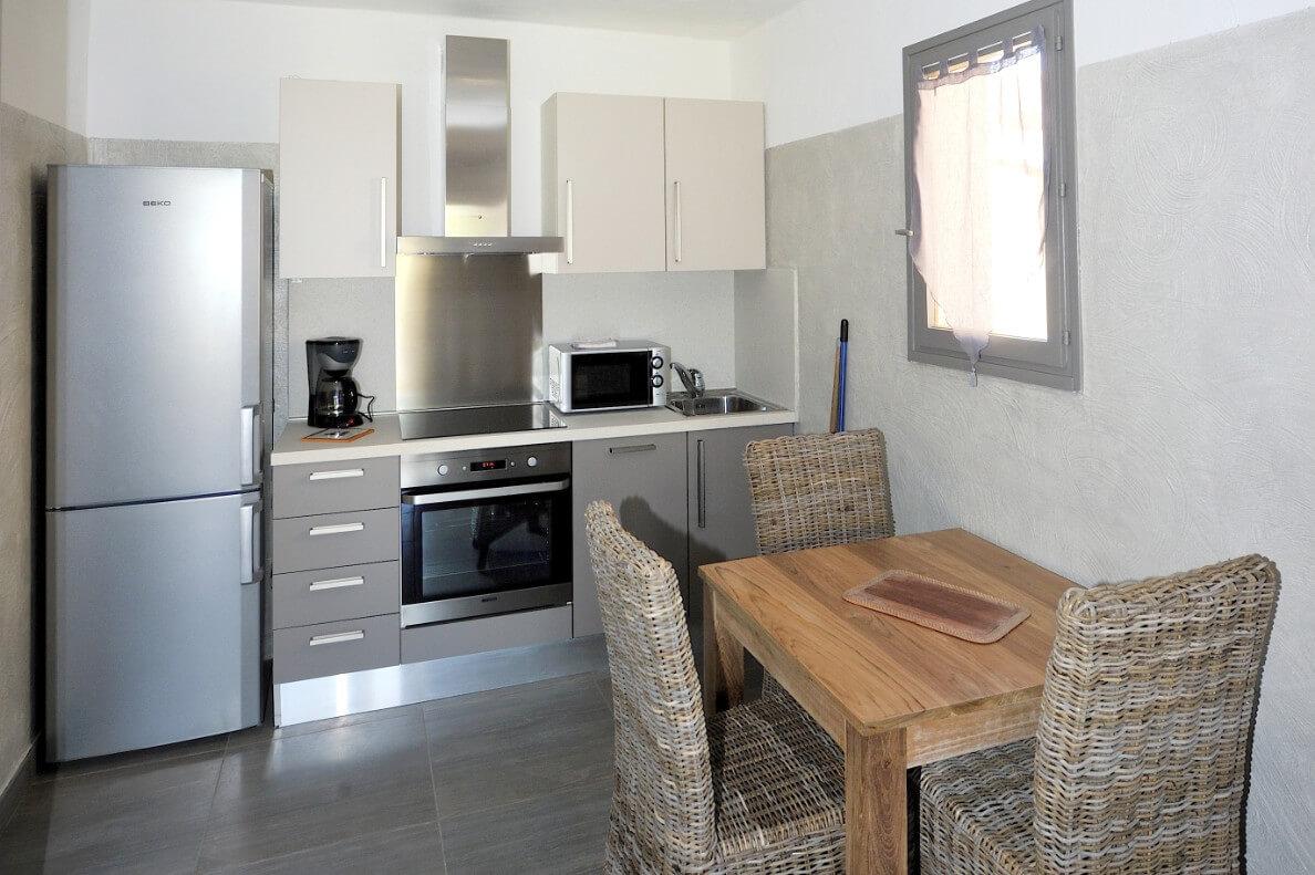aria-marina-appartement-studio-vue-jardin-02