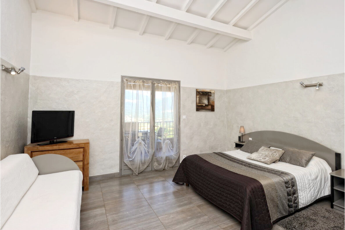 aria-marina-appartement-studio-vue-mer-02